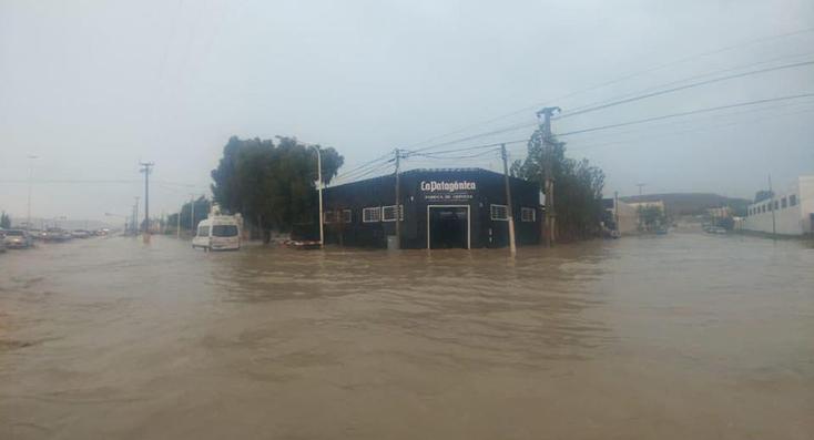 Fotos del intenso temporal de lluvia sacudió a Comodoro
