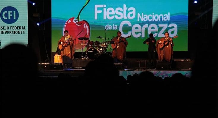 Más de 30.000 personas disfrutaron de la Fiesta Nacional de la Cereza
