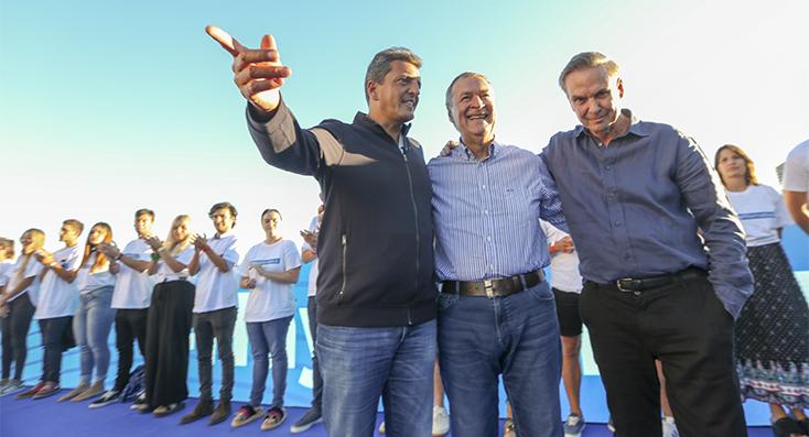 Arcioni  participó del lanzamiento de Alternativa Federal en Mar del Plata