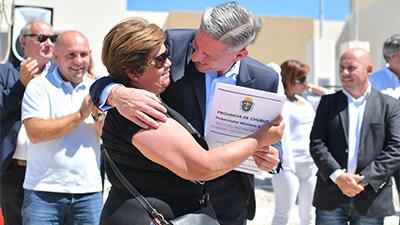 Entregaron nuevas viviendas en Puerto Madryn d6818c8c0d8c4